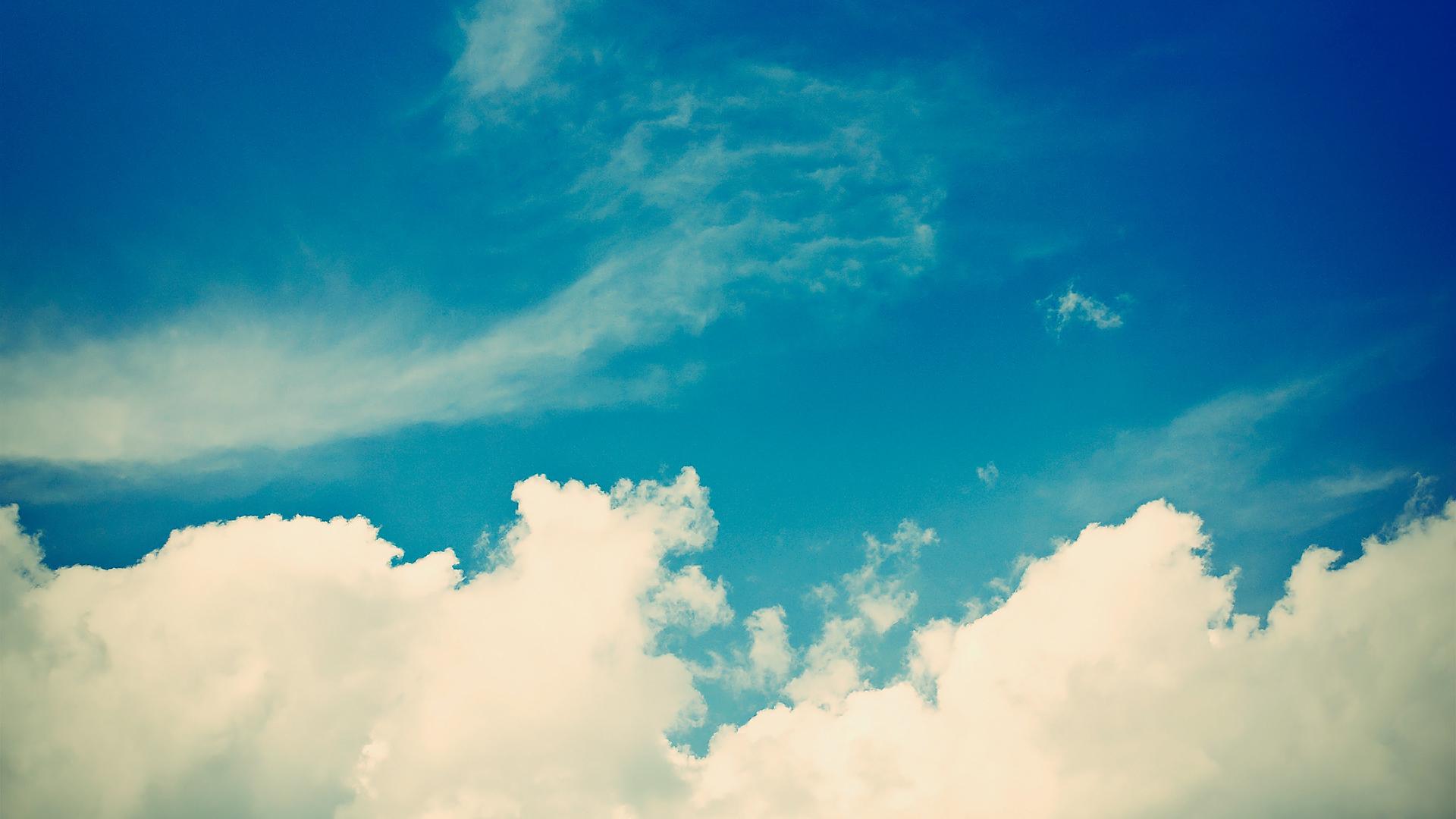 White Clouds In The Sky 4k Hd Desktop Wallpaper For 4k: 배경화면 입니다~